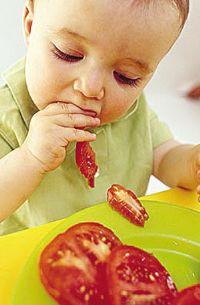 如何让素宝宝顺利断奶?如何补充营养?